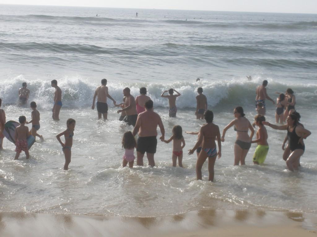 Bain de mer à Carcans Plage