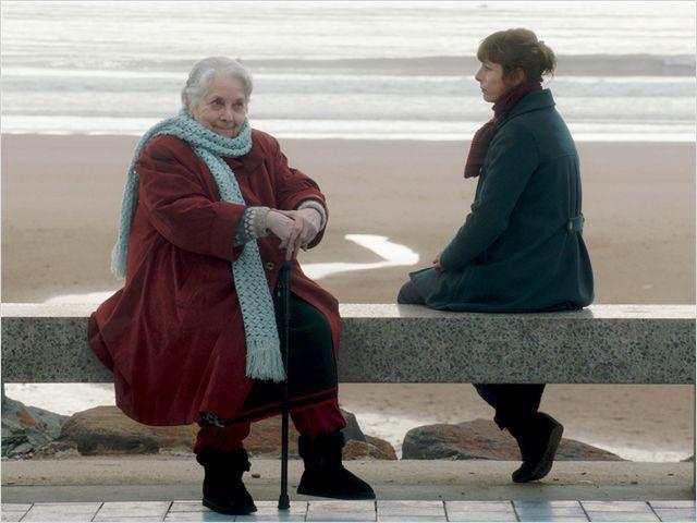 Lulu et Marthe sur la plage de Saint Gilles