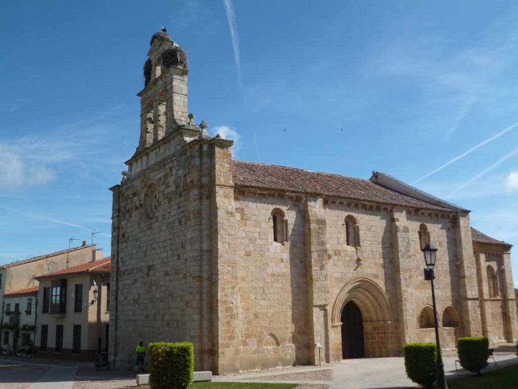 Une des 24 églises romanes de Zamora, avec son nid de cigognes