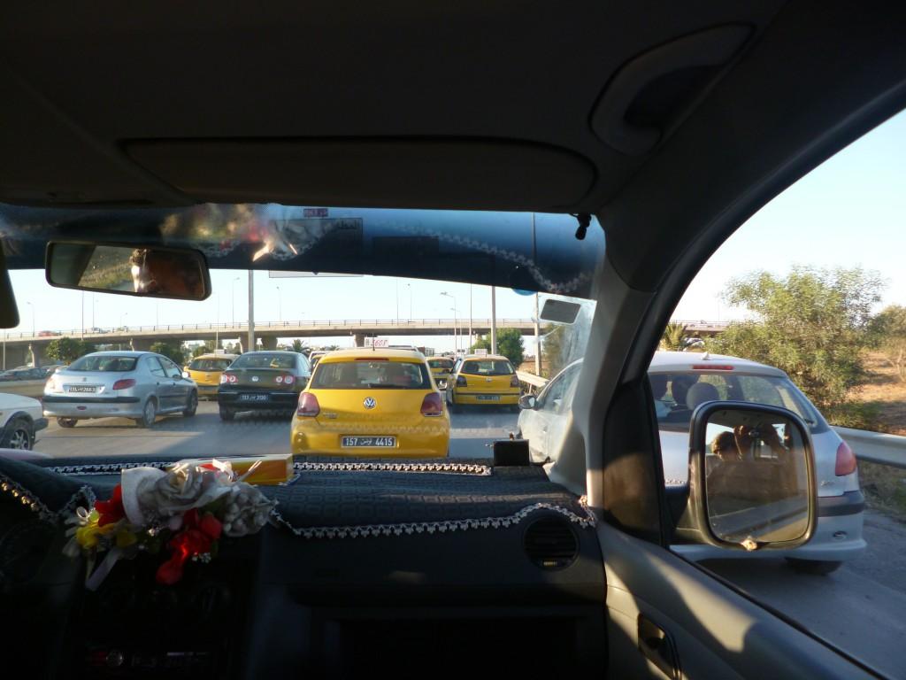 Dans un taxi à Tunis