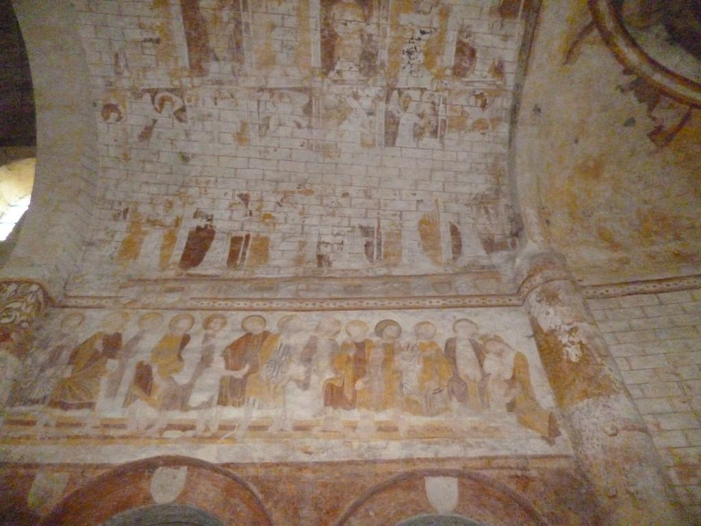 Fresques dans l'église de Lavardin