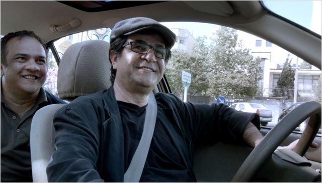 "Jafar Pahani au volant de son ""taxi"""