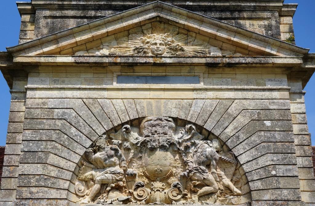 Frontispice de la porte de Fort Médoc