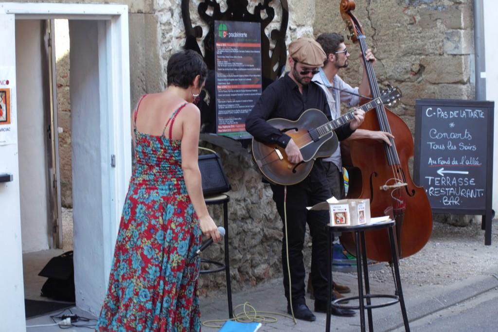 Concert de rue de Vanina de Franco