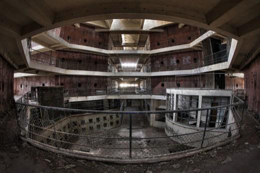 160812_Prison_NL1